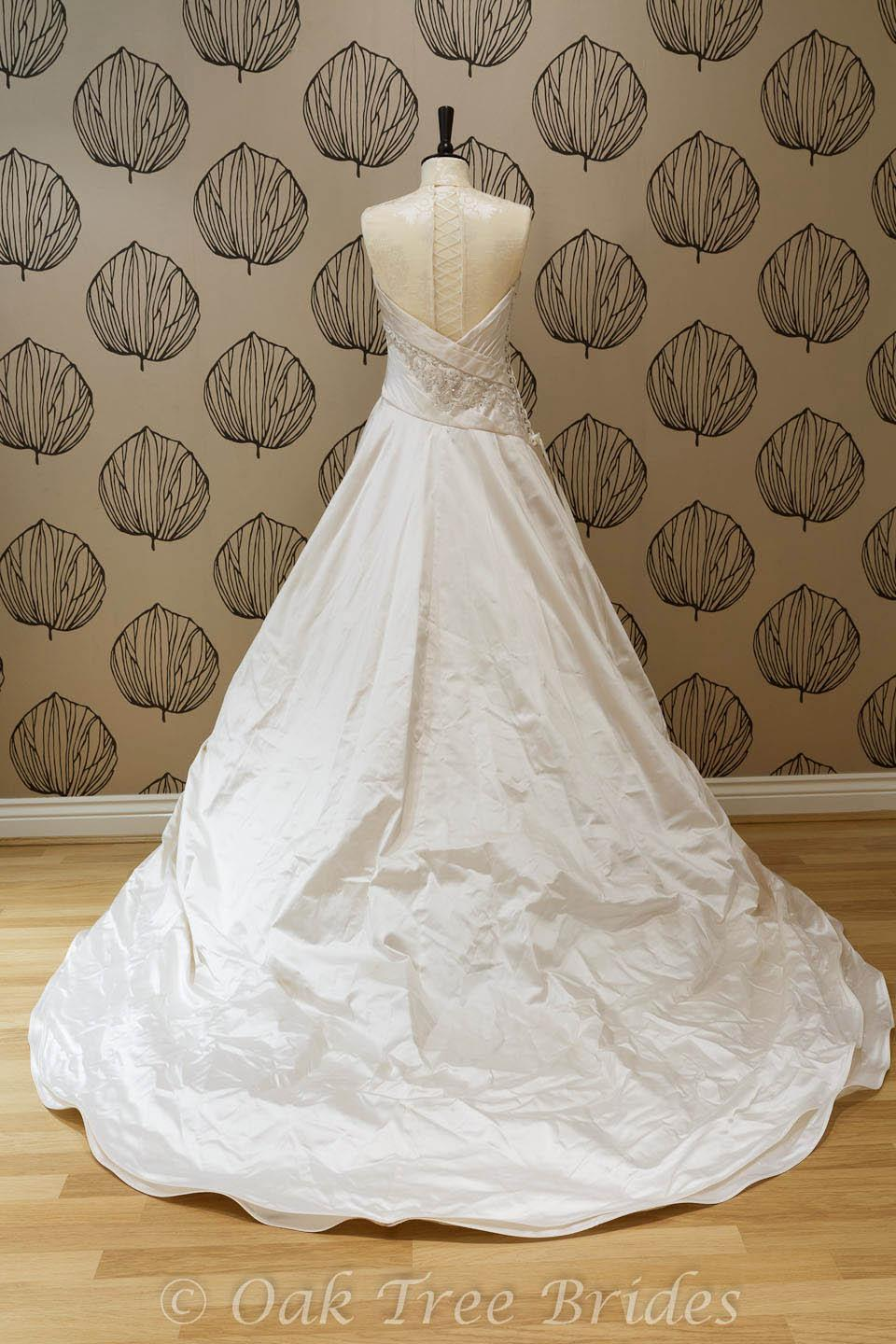 Preloved wedding dresses second hand and preloved html for Second hand wedding dresses for sale