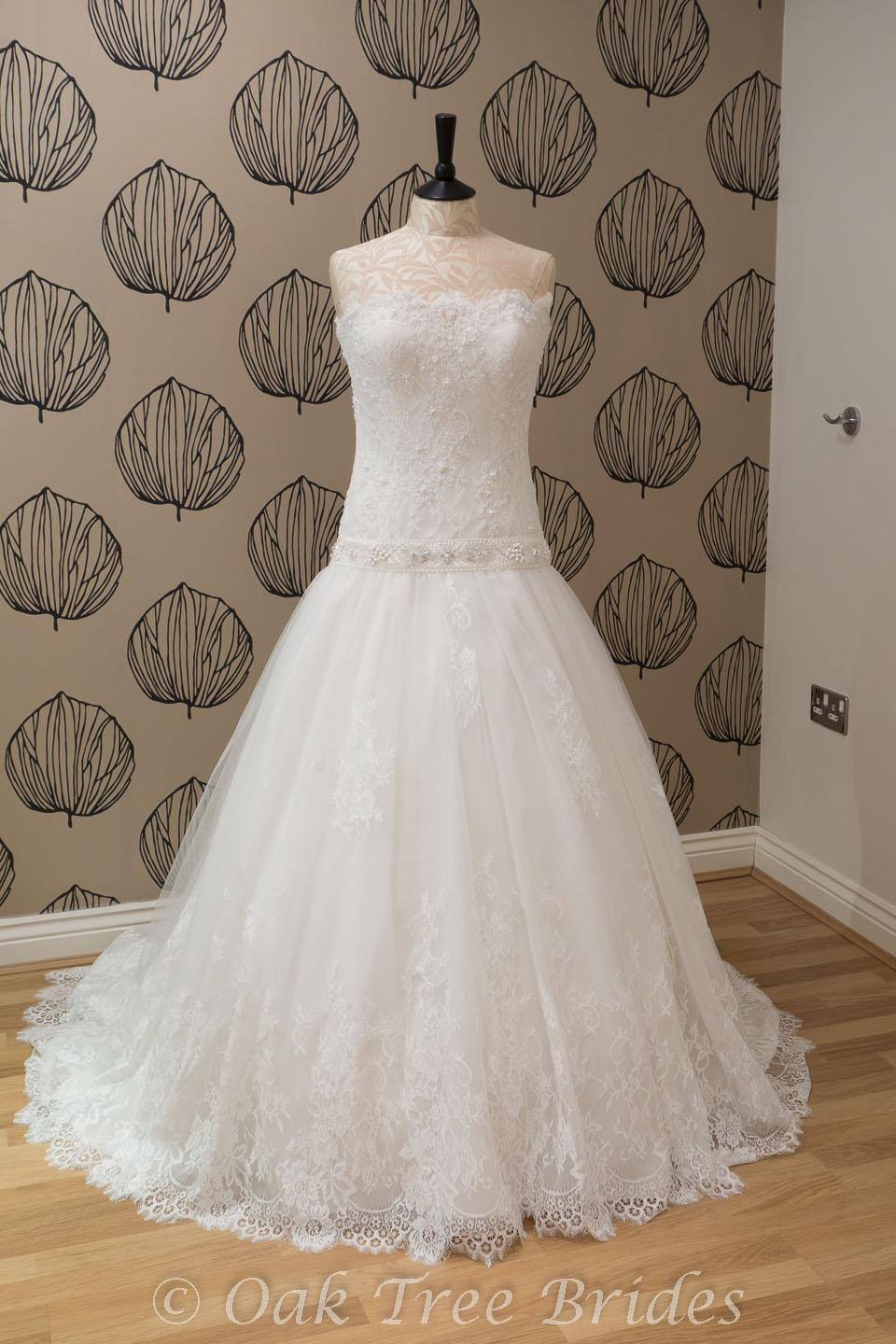 Size 14 wedding dresses high cut wedding dresses for Wedding dresses size 14