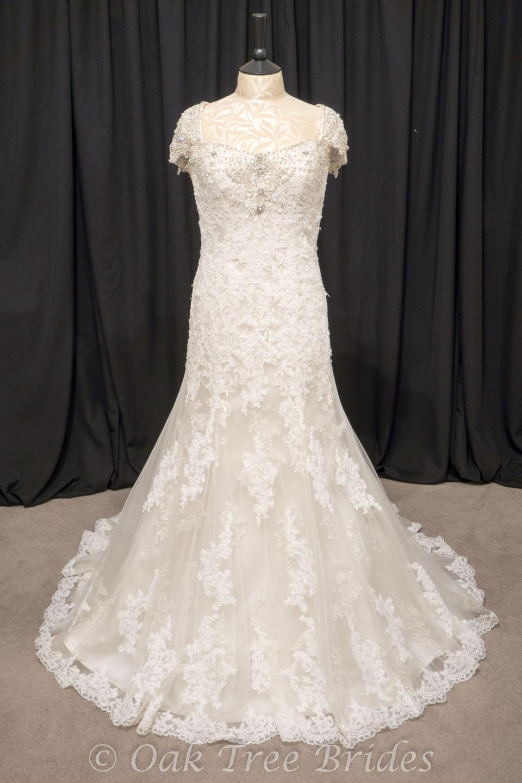 Page 2 designer weddings dresses size 14 oak tree brides for Wedding dresses size 14