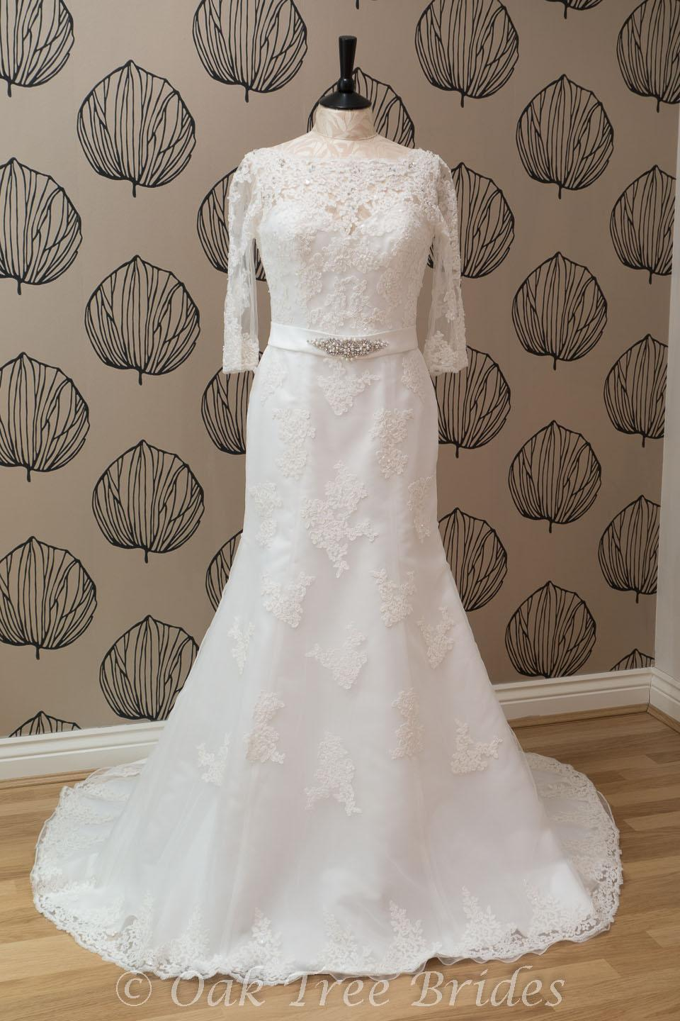 Ronald joyce philippa 66036 oak tree brides for Ronald joyce wedding dresses prices