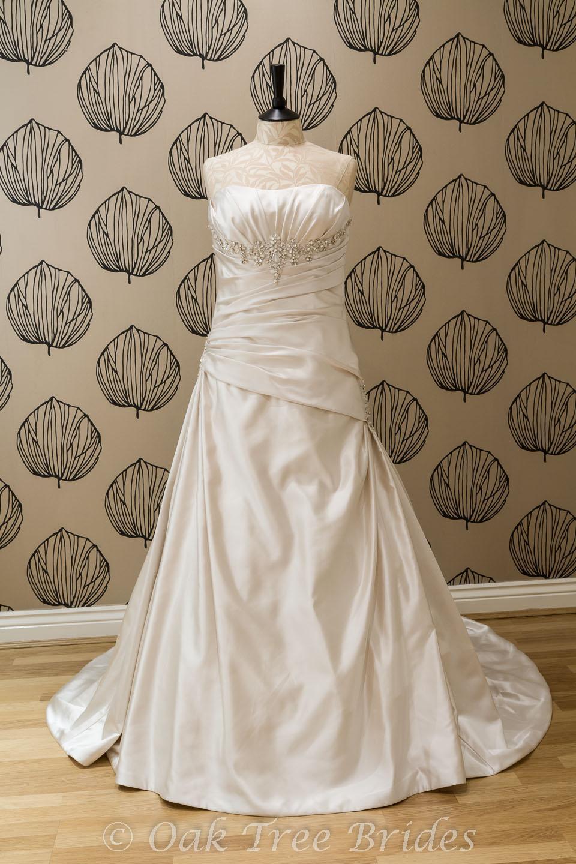 page 1 designer weddings dresses size 16 oak tree brides