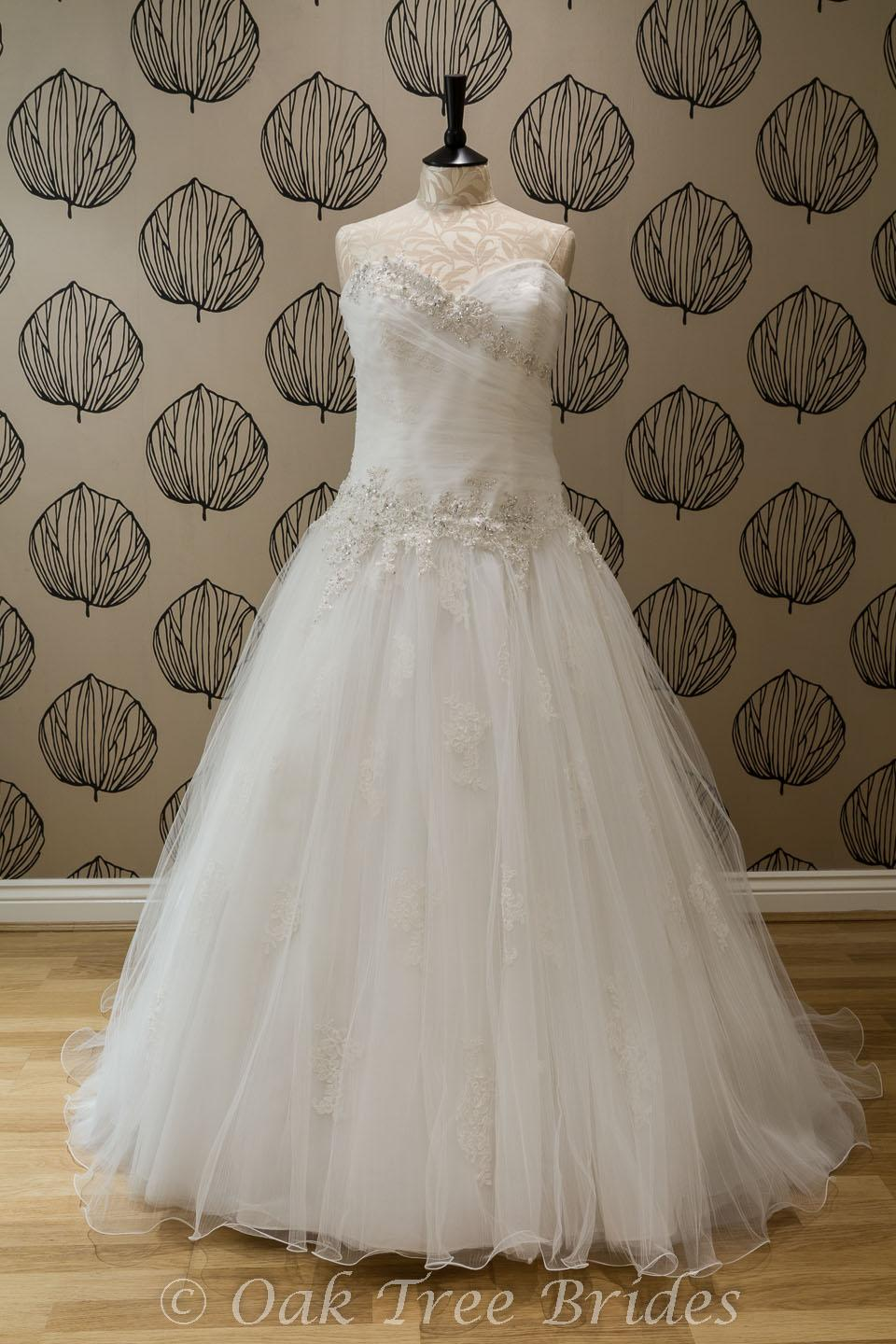 Designer Weddings Dresses Size 18 Oak Tree Brides